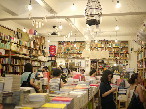 Shop Hop: Books Actually